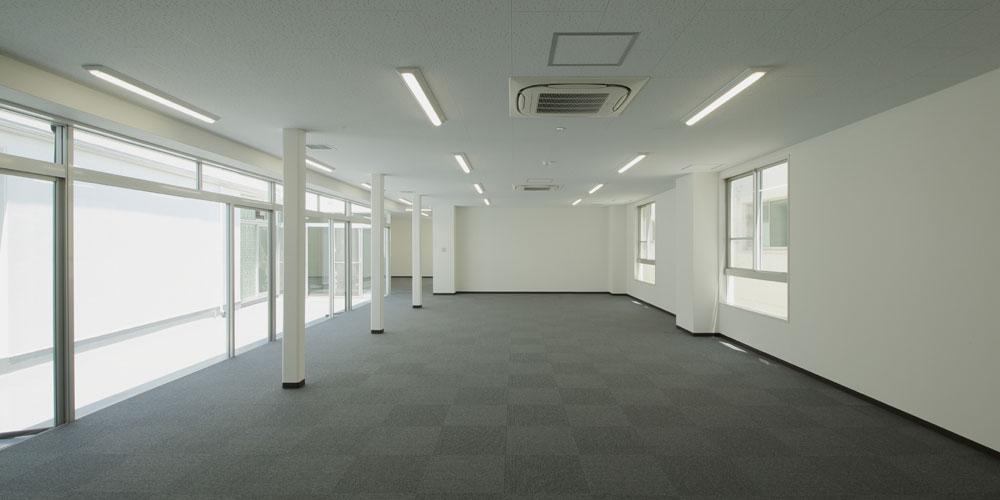 室金物株式会社 改修工事